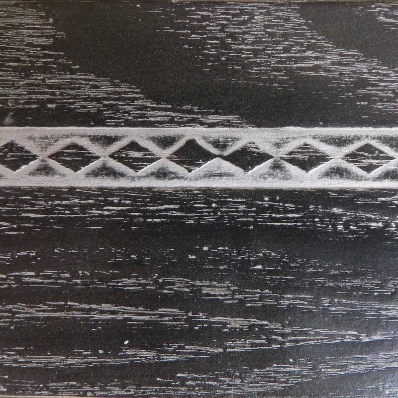 047 Эмаль Черный (фактурный шпон) Патина серебро