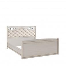 Кровать КР-7 +вставка (с кованым элементом по углам с изножьем) БЯ